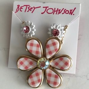 Betsey Johnson, necklace and earring set